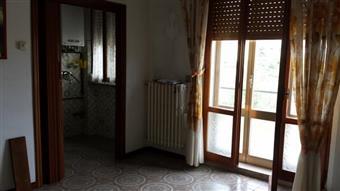Appartamento in Corso Umberto, Macine, Castelplanio