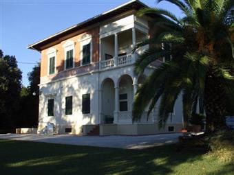 Villino in Mazzini, Imbrecciata, Filottrano