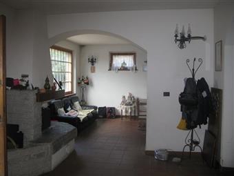 Casa singola in Esino, Pianello Vallesina, Castelbellino