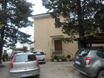 Villa a schiera in Serra, San Marcello