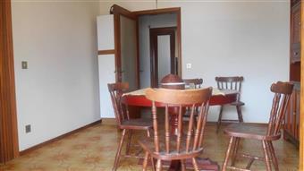 Appartamento in Salvo D'acquisto, Maiolati Spontini