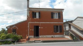 Casa singola in Monti, Collina, Santa Maria Nuova