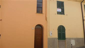 Villa a schiera in Via Bovio, Cupramontana