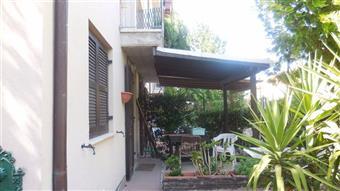 Villa a schiera in Via Contuzzi, Pianello Vallesina, Monte Roberto