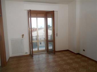 Appartamento in Ceccacci, Maiolati Spontini