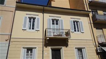 Casa semi indipendente, Viareggio, ristrutturato