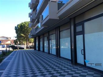 Locale commerciale, Pescara, seminuovo