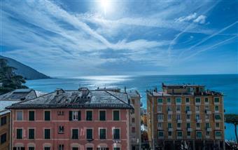 Appartamento in Via Lorenzo Bozzo, Camogli