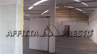 Attività commerciale in Via Valdara, Ponsacco