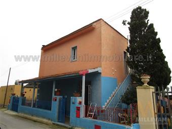 Villa in S. M. Focallo - Via Delle Viole, Ispica