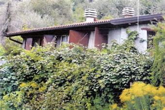 Villa, Apricale