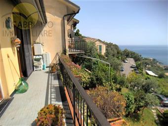 Appartamento in Salita Del Pinolo, Megli, Recco