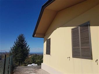 Villa, Piozzano