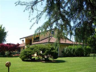 Villa, Badia Pavese