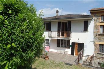 Villa, Pillori, Travo