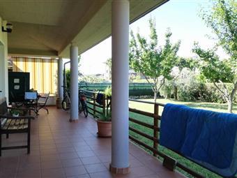 Villa a schiera, Follonica, abitabile