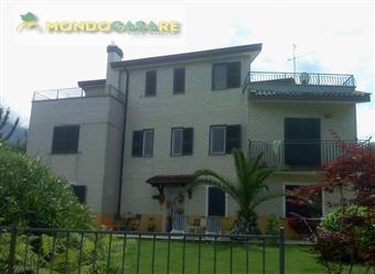 Villino in Strada Di Santa Chiara, Palombara Sabina