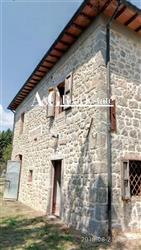 Rustico casale, Bagnore, Santa Fiora, seminuovo