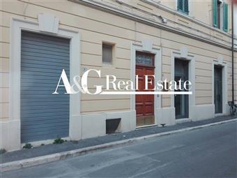 Locale commerciale, Grosseto, da ristrutturare