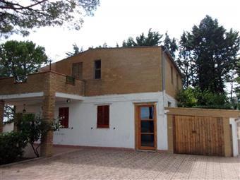 Villa, Penne