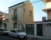 Villa, Aci Catena