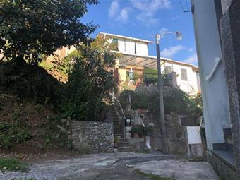 Villa a schiera, San Colombano Certenoli
