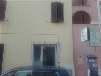 Locale commerciale, Pesaro