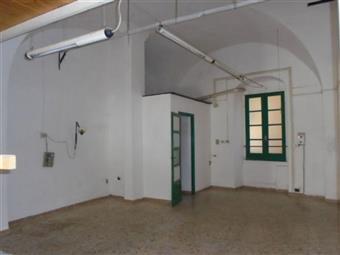 Locale commerciale, Porto Maurizio Borgo Marina, Imperia