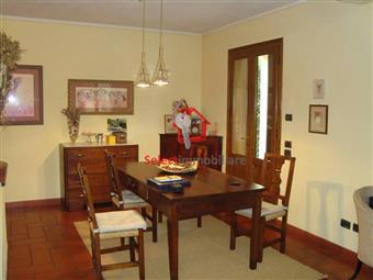 Villa a schiera, Fornoli, Bagni Di Lucca, in ottime condizioni