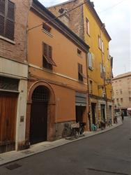 Casa singola in Via Saraceno, Centro Storico, Ferrara