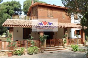Villa in Via Santa Maria Di Gesã¹, Mazara Del Vallo