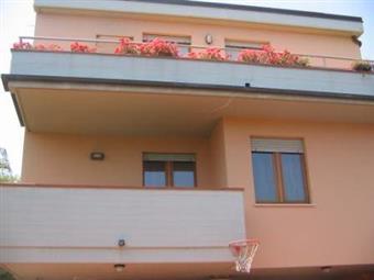 Villa in Via Cairoli, Grottammare