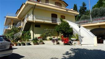 Villa in Via Del Pensiero, Monteprandone