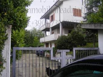Villa, Cupra Marittima, seminuova
