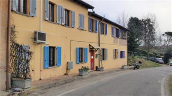 Casa singola in Castana, Castana