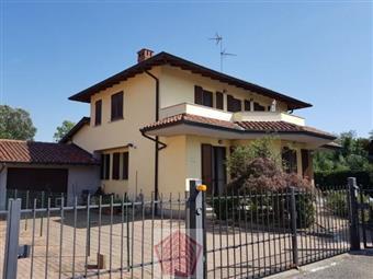 Villino in Albaredo Arnaboldi, Albaredo Arnaboldi