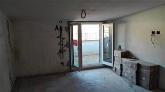 Appartamento in Via Xxiv Maggio, Monterotondo