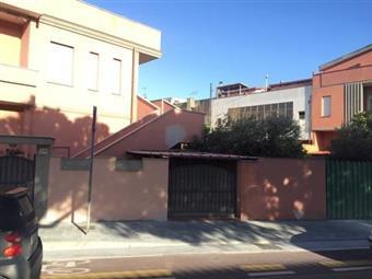 Casa semi indipendente in Via Quinto Fabio Massimo, Monserrato