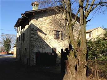 Casa semi indipendente, Vignale, Traversetolo, da ristrutturare