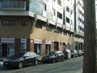 Locale commerciale in Corso Siracusa, Santa Rita, Torino