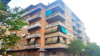 Bilocale in Via Ferdinando Acton, Ostia, Roma
