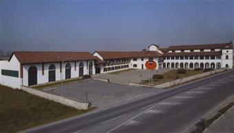 Locale commerciale, Genola