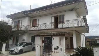 Appartamento in Via Grazia Deledda, Villareia, Cepagatti