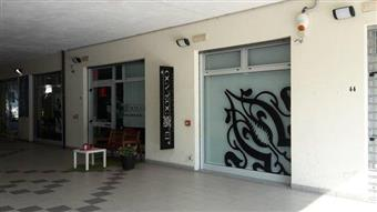 Locale commerciale in Via Gabriele D'annunzio, Manoppello Scalo, Manoppello