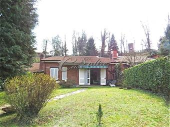 Villa a schiera, Borgata Valle-stazione, Carimate, seminuova