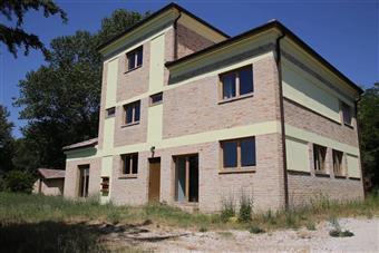 Casa singola in Fontesecca, Montegiorgio