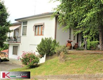 Villa, Castiglione Torinese, in ottime condizioni