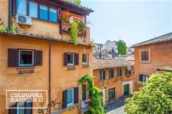 Quadrilocale in Vicolo De Cinque, Trastevere, Aventino, Testaccio, Roma