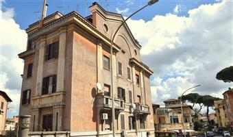 Trilocale in Via Giacomo Rho, Ardeatino, Colombo, Garbatella, Roma