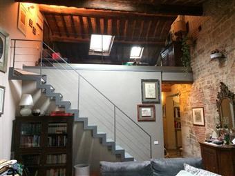 Appartamento in Via Palestro, Quartiere San Francesco, Pisa